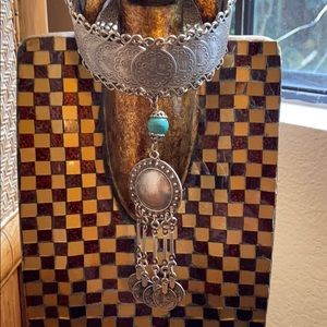 Jewelry - Coin Plate Turquoise Bead Collar Neclace